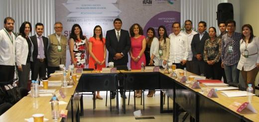 170415_IVAI_Firma de STL_Gobierno Abierto 9a
